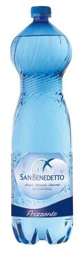 Acqua minerale frizzante/naturale San Benedetto 1,5 l/2 l